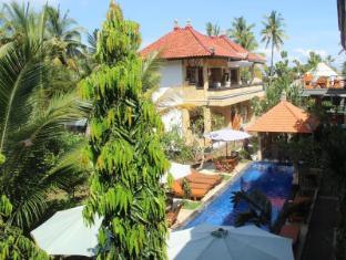 Nitya Homestay Lembongan Bali - Surroundings