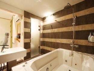 Jongno Cutee Hotel Seoul - Hot Tub
