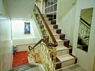 Piazza Luna Tower Davao City - Staircase