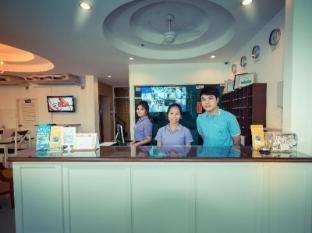 Zing Resort & Spa Pattaya - Recepcija