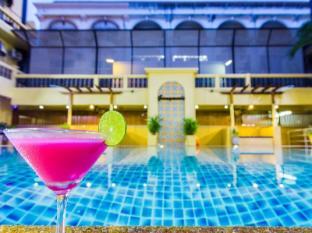 Zing Resort & Spa Pattaya - Bazen