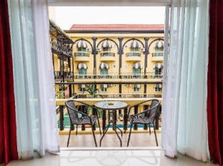 Zing Resort & Spa Pattaya - Balkon/terasa