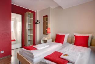 Hotel Meininger Koln