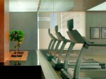 Nassima Tower Hotel Apartments: fitness room