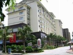 HuiRong Seaview Hotel | Hotel in Sanya