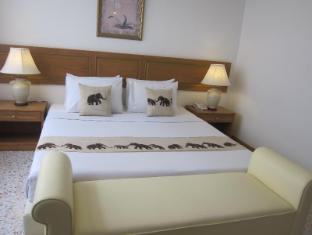 Lido Beach Hotel Pattaya - Deluxe Double