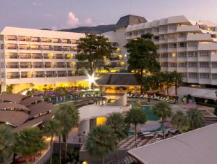 Andaman Embrace Resort & Spa Patong Beach Phuket - Hotellet udefra