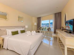 Andaman Embrace Resort & Spa Patong Beach פוקט - חדר שינה