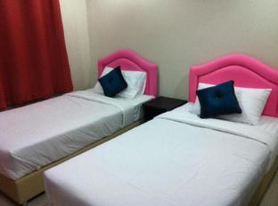 Poi De Ping Hotel Чіанг-Май - Вітальня