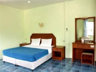 Hilltop Hotel Phuket - Standard room