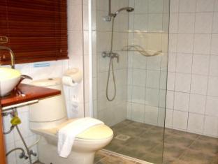 Hilltop Hotel Phuket - Superior room - Bathroom