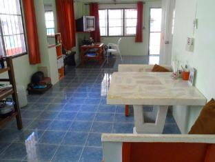 Happy Home Guesthouse Rawai Phuket - Kitchen