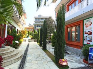 Hotel Peninsula Nepal