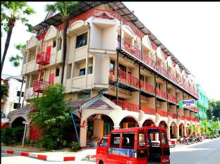 Boomerang Inn Πουκέτ