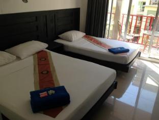 Boomerang Inn Phūketa - Istaba viesiem