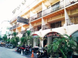 Boomerang Inn Phūketa - Ieeja