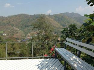 Pong Yang Farms and Resort Chiang Mai - Balcony/Terrace