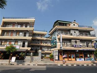 /es-es/hotel-peace-plaza/hotel/pokhara-np.html?asq=vrkGgIUsL%2bbahMd1T3QaFc8vtOD6pz9C2Mlrix6aGww%3d