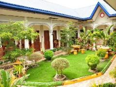 Philippines Hotels | Casitas de Az Pension