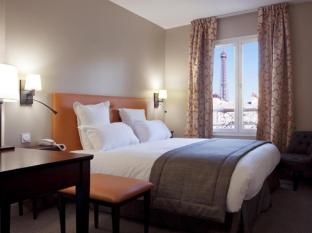 日赖斯圣查尔斯酒店