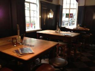 The Grand Hotel Sydney - 30 Knots Bar