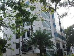 Esthell Hotel India