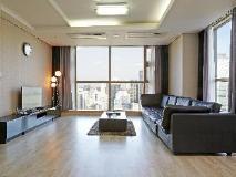 Brown Suites Residence: suite room