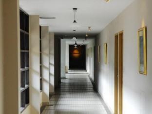 Silom Village Inn Bangkok - Interior