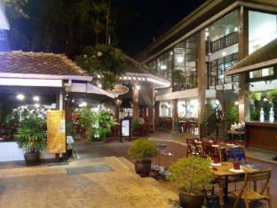 Silom Village Inn Bangkok - Exterior