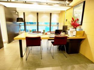 殷酒店式公寓 香港 - 接待处
