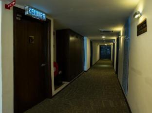 French Hotel Ipoh - Corridor