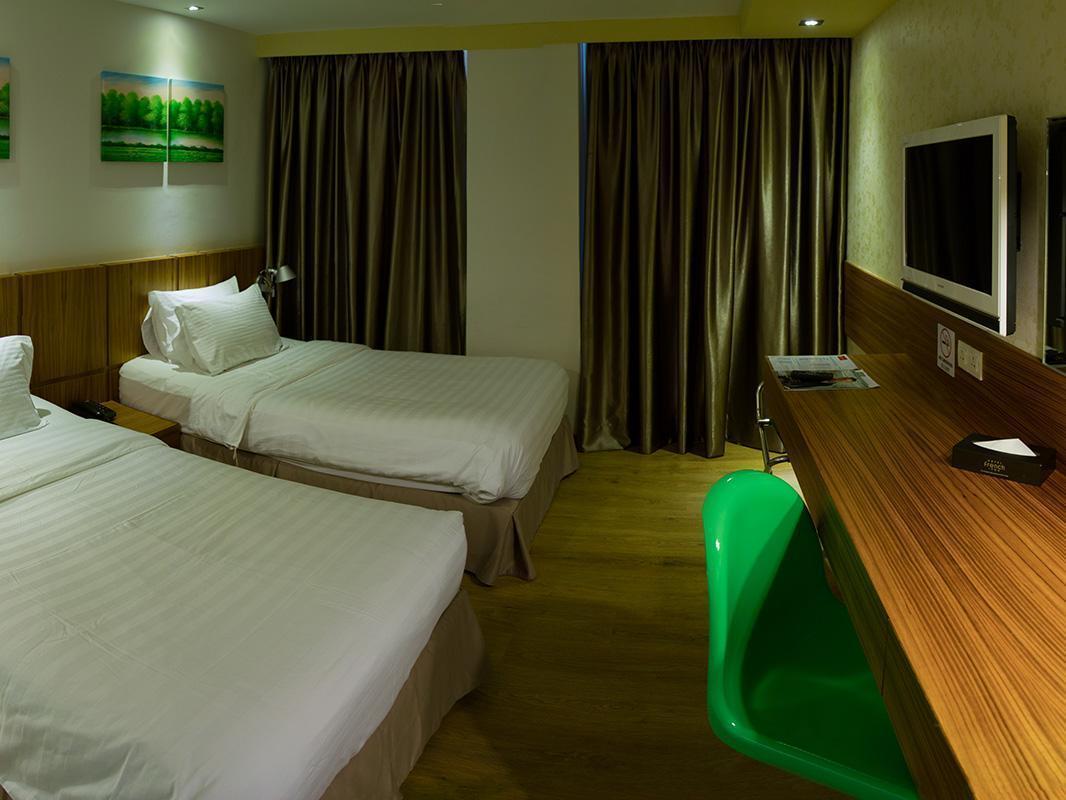 フレンチ ホテル4