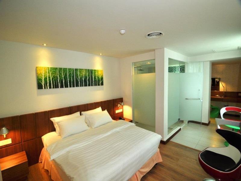 フレンチ ホテル14