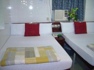 Canadian Hostel Hong Kong - Private 2 Double Bed Room