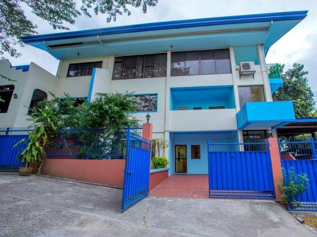 3-Bedroom Building