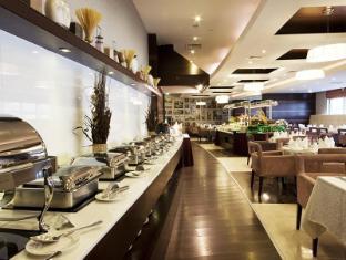 Grand Belle Vue Hotel Apartment Дубай - Ресторан