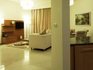 Grand Belle Vue Hotel Apartment Дубай - Вітальня