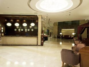 Grand Belle Vue Hotel Apartment Дубай - Рецепція