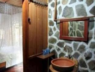 Bunaken Divers Sea Breeze Resort Manado - Bathroom