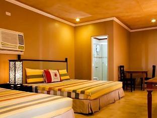 Villa Khristalene Batangas - Family Deluxe Room