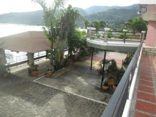 Villa Khristalene Batangas - Surroundings