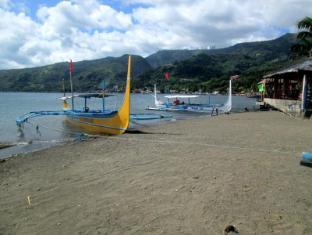 Villa Khristalene Batangas - Beach