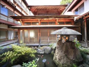/ar-ae/yudanaka-seifuso-hotel/hotel/nagano-jp.html?asq=jGXBHFvRg5Z51Emf%2fbXG4w%3d%3d