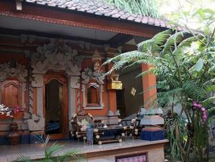 Praety Home Stay Bali - Exterior do Hotel