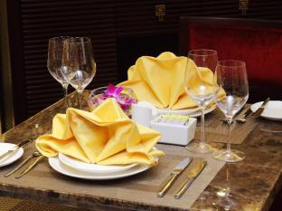 Golden Silk Boutique Hotel Hanoi - Table Decor
