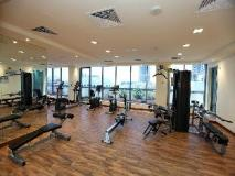 Xclusive Maples Hotel Apartment: fitness room