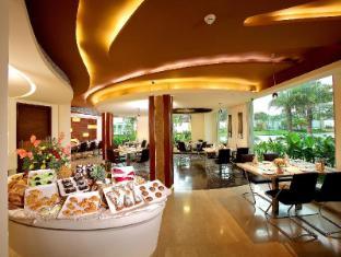 Flora Airport Hotel Kochi - Nội thất khách sạn