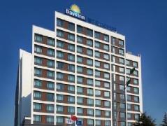 Days Inn Powerlong Qingdao | Hotel in Qingdao
