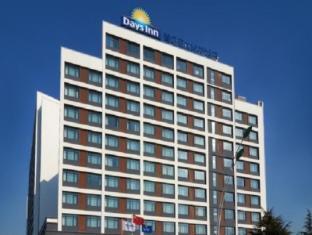 /qingdao-powerlong-art-hotel/hotel/qingdao-cn.html?asq=jGXBHFvRg5Z51Emf%2fbXG4w%3d%3d