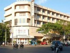 Regal Hotel - Cheap Hotels in Cambodia